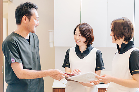働きやすい環境を整え笑顔があふれる歯科医院に